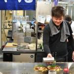 Okonomiyaki tuż przed podaniem