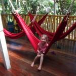 Oliwia na hamaku w Montezumie