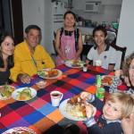 Obiad z wielodzietną rodziną z Kostaryki