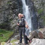 Przy wodospadzie Kazbegi