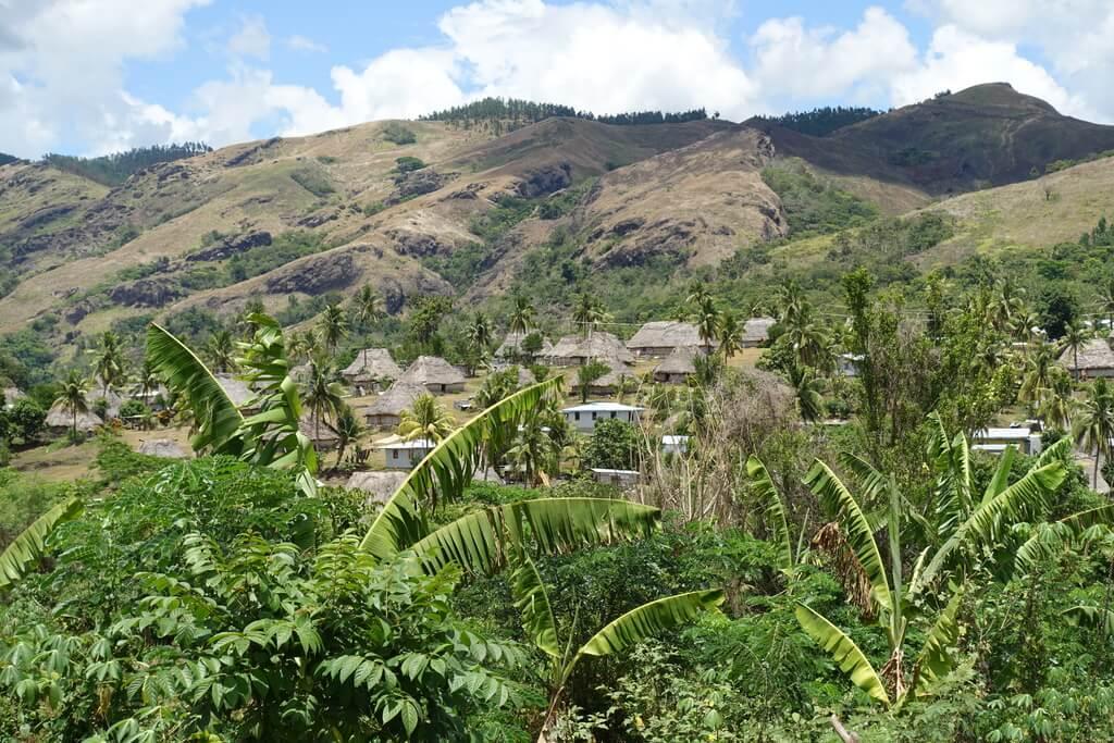 Bure - tradycyjne domy na Fidżi