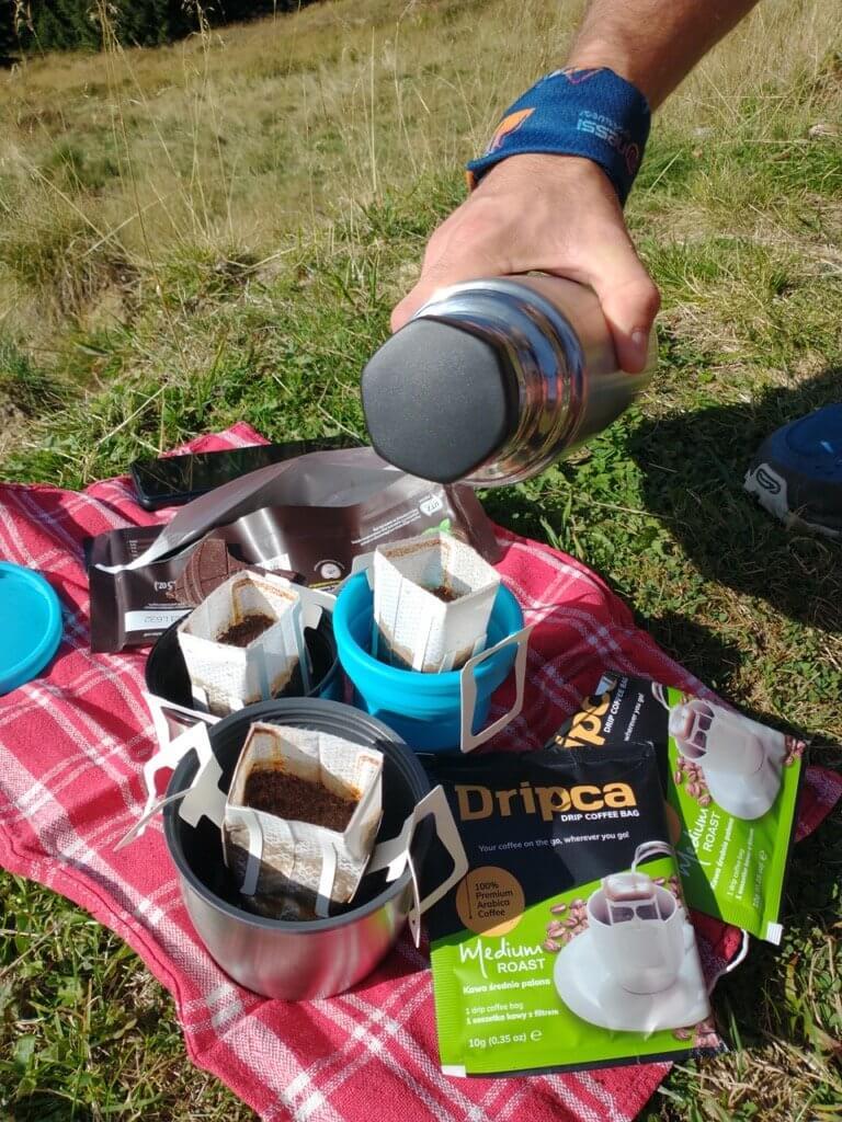 Kawa w saszetkach w podróży